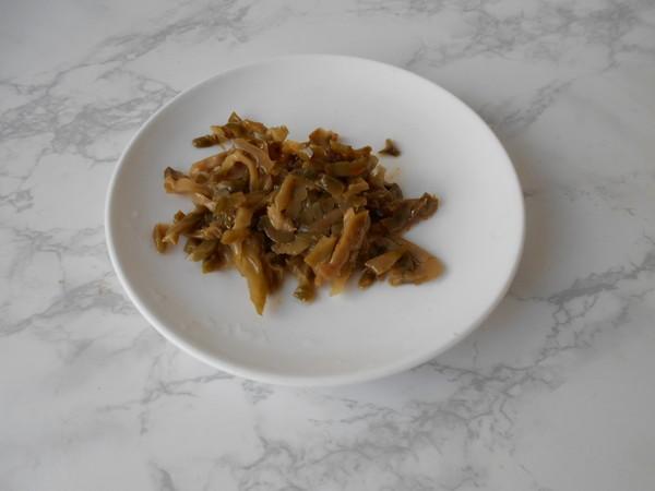 榨菜肉丝炒面怎么炒