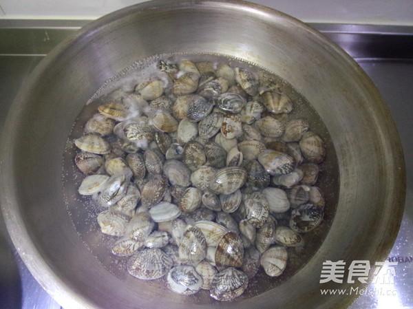 槐香蛤蜊饼的做法大全