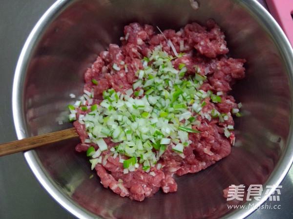 鲜肉木耳馄饨的家常做法