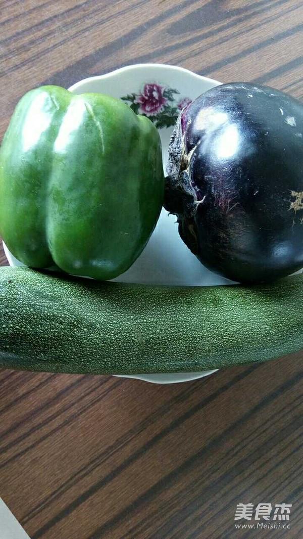 西葫芦柿子椒拌茄子的做法图解