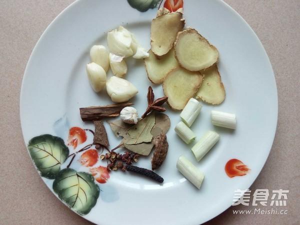 冻豆腐炖鱼的简单做法