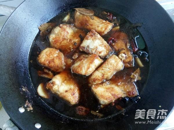 冻豆腐炖鱼怎样煸