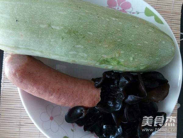 蒜肠木耳西葫芦的做法大全