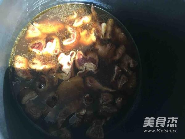 海鲜酱干锅的步骤