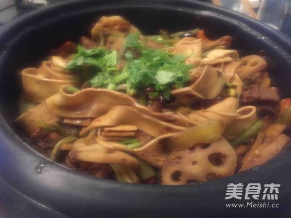 家庭自制川味干锅排骨怎样煮