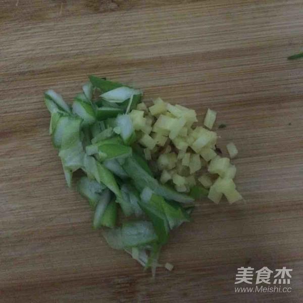 凉拌油麦菜的做法大全