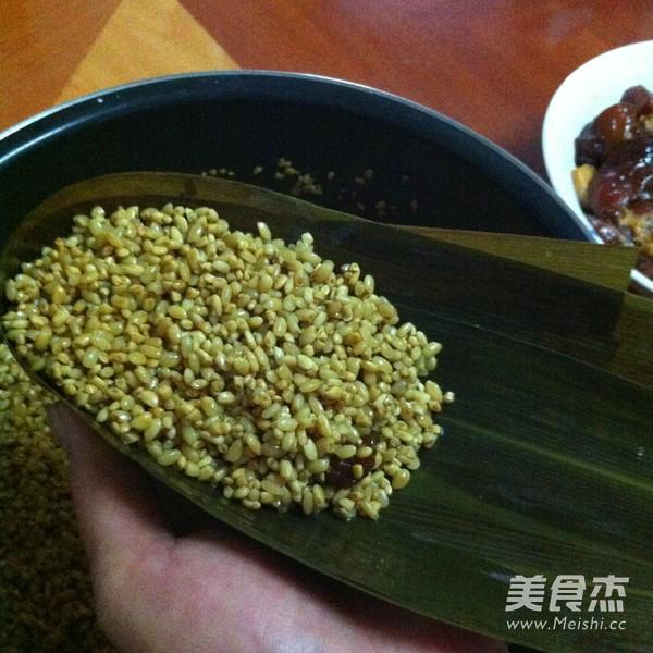 鲜肉粽子怎么炒