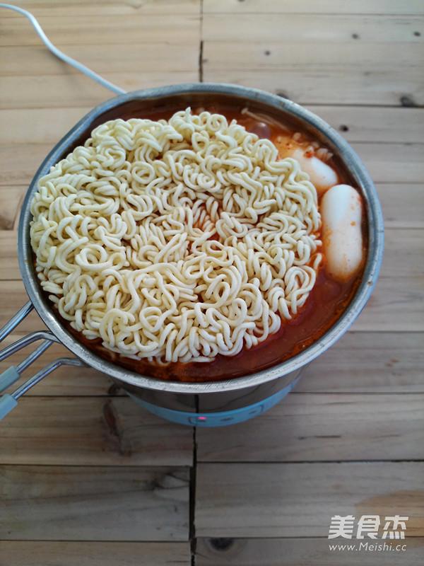 韩式芝士年糕部队锅怎么煮
