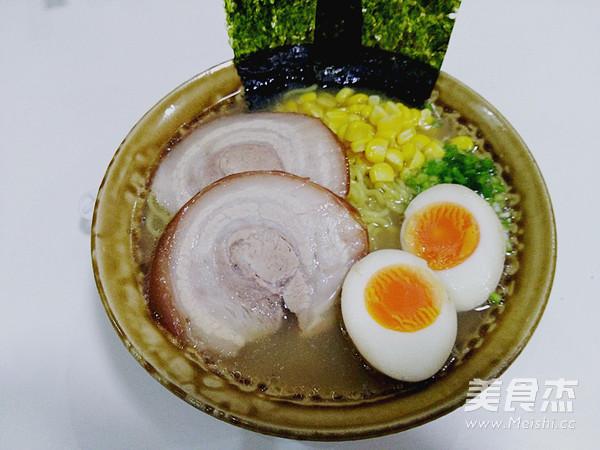 日式豚骨拉面的做法大全