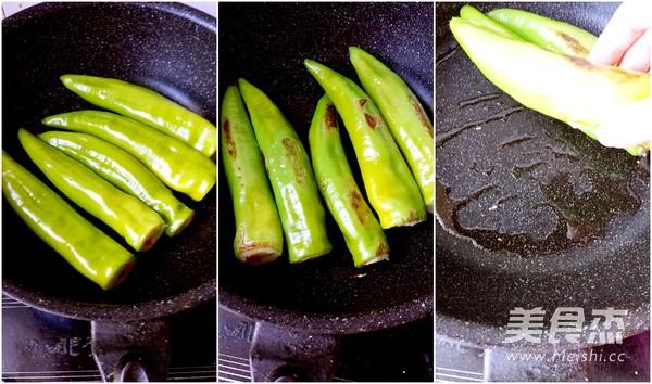 虎皮尖椒酿土豆泥的简单做法