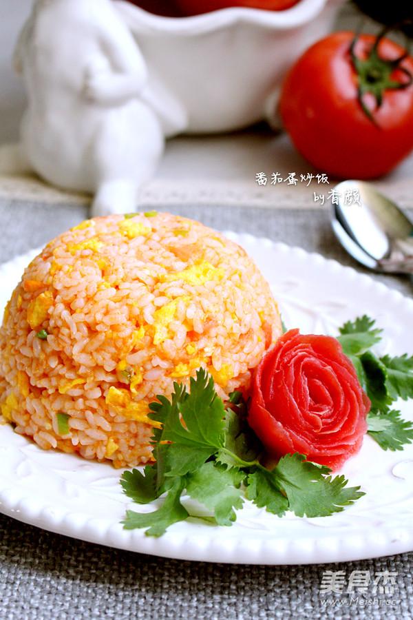 番茄蛋炒饭成品图