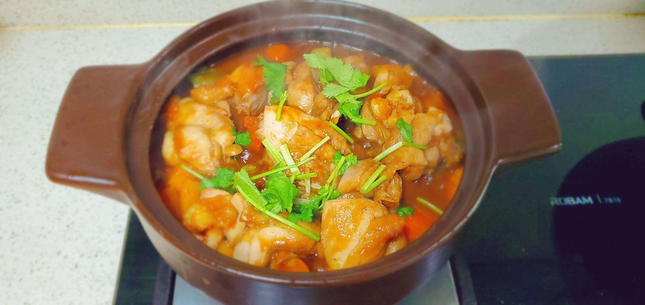 超下饭,堪比黄记煌的鸡腿焖锅怎么煮