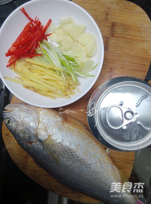 啤酒煎焖黄花鱼的做法大全