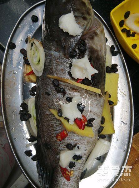豆豉蒸石斑鱼的做法图解
