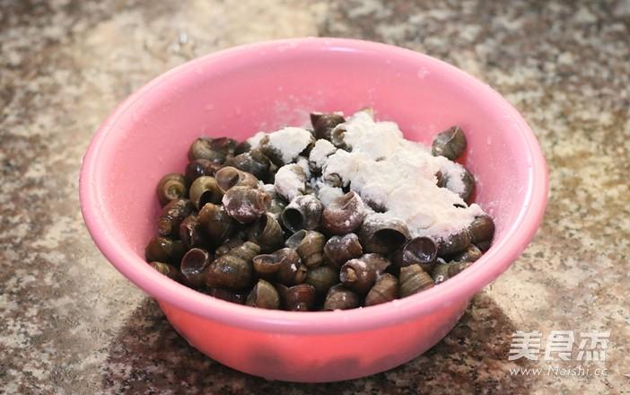 蒜茸豆豉炒田螺的家常做法