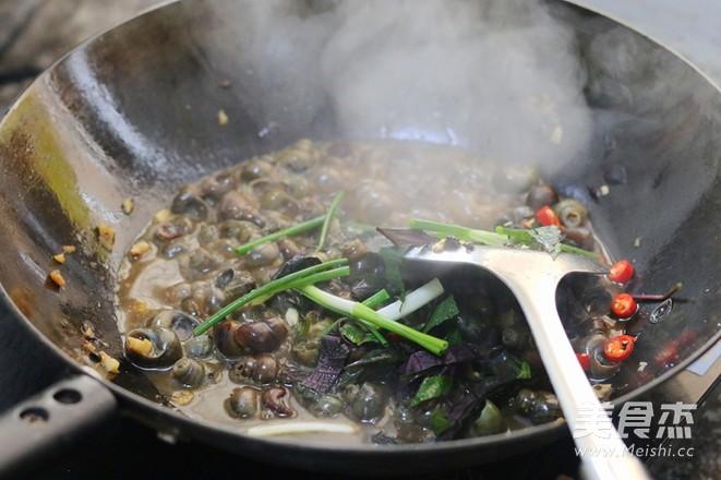 蒜茸豆豉炒田螺怎么煸