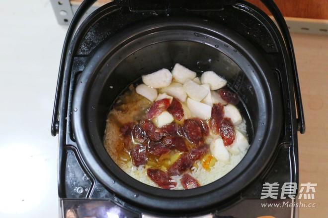 腊肠糯米饭苏泊尔第二季晋级赛怎么吃