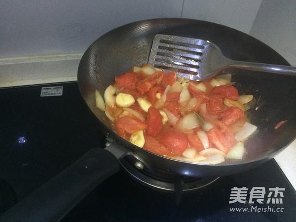 番茄炖牛腩怎样煸
