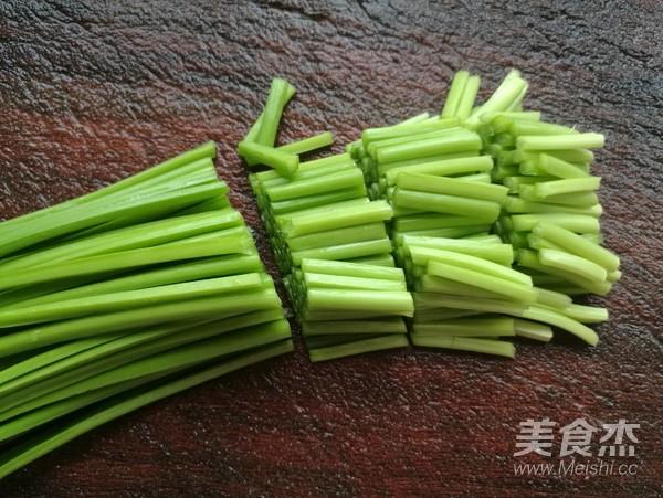 韭菜苔炒肉的做法图解