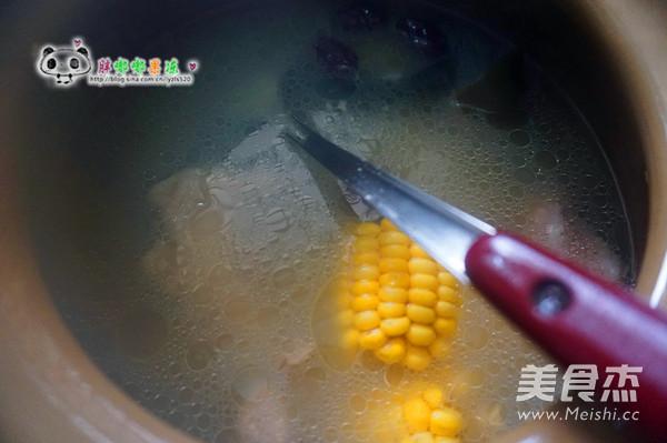 海带玉米胡萝卜骨头汤怎么炒