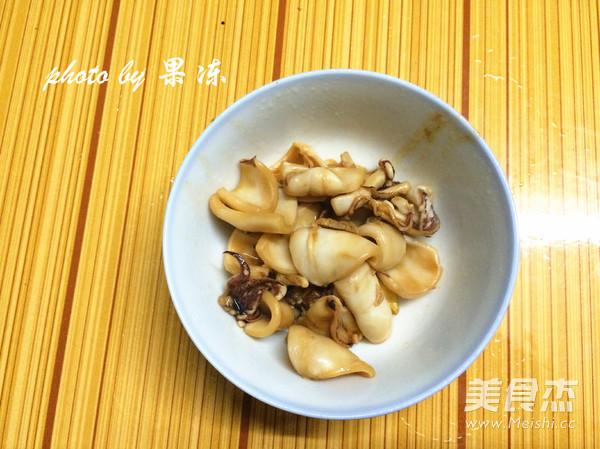 菠萝焗海鲜饭的简单做法