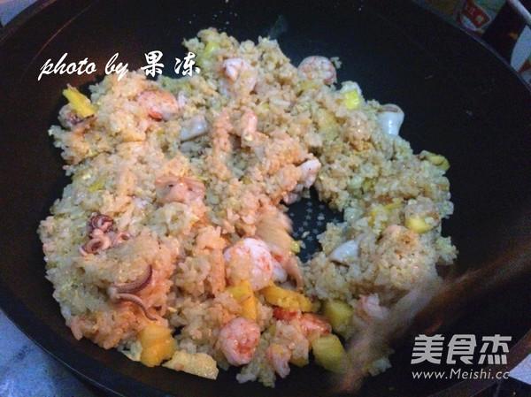 菠萝焗海鲜饭怎么炖