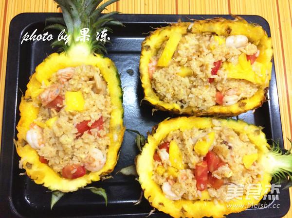 菠萝焗海鲜饭怎样做