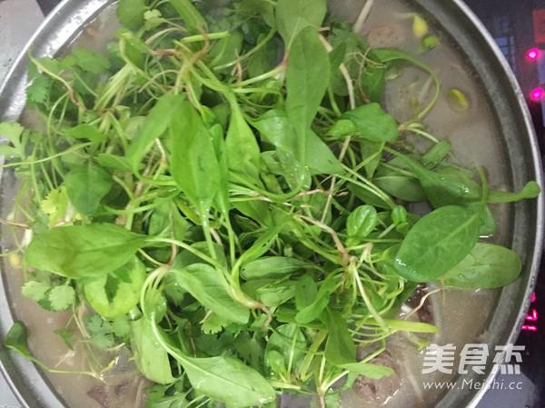 浓汤宝菌菇火锅怎么煮