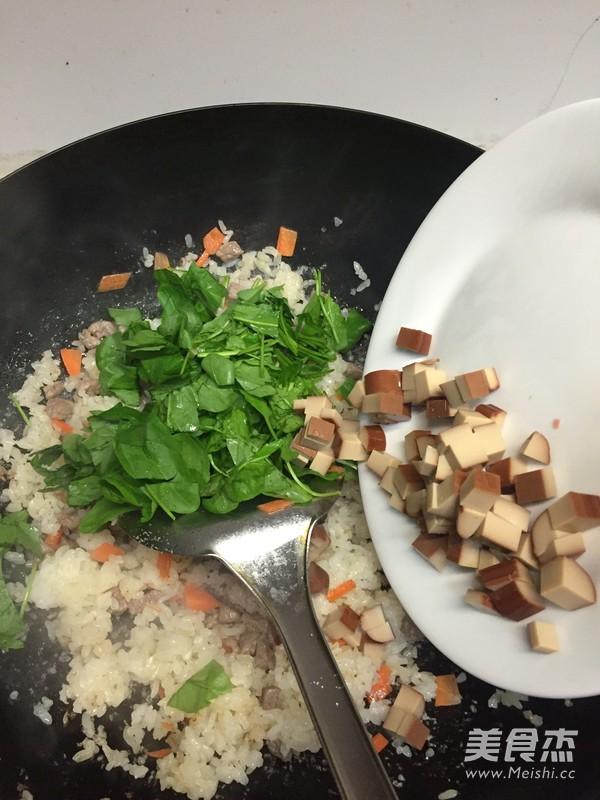 牛肉炒饭怎么煮