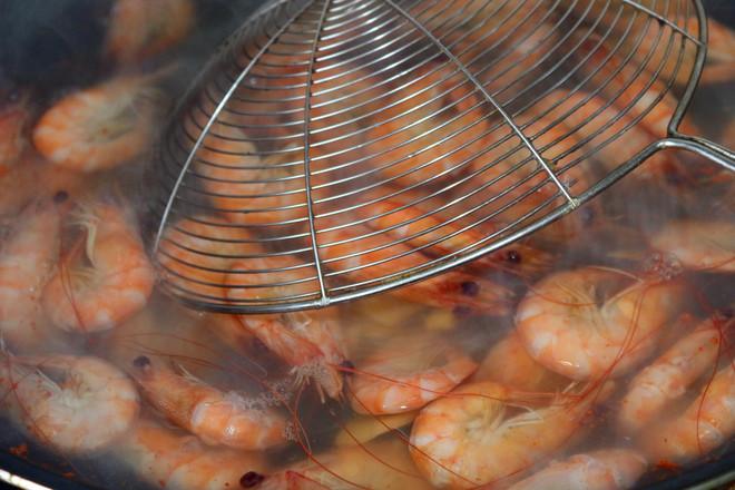 白灼基围虾怎么吃