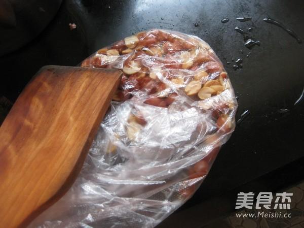 香菜拌花生的家常做法