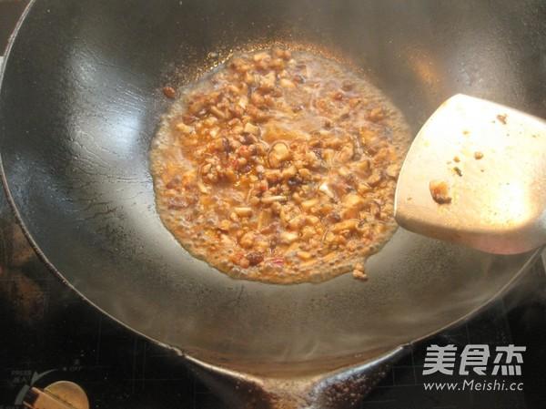 香菇肉酱面怎么做