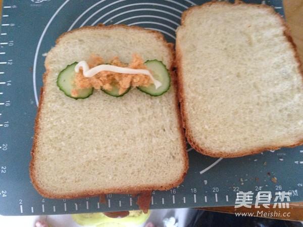 鸡蛋吐司三明治怎么煸