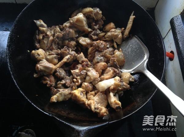 板栗烧鸡怎么炒