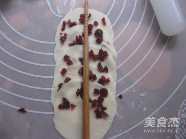 蔓越莓玫瑰花卷怎么煸