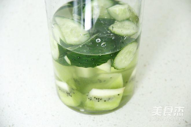 排毒瘦身黄瓜猕猴桃汁怎么煮