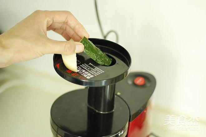鲜榨黄瓜雪梨汁怎么做