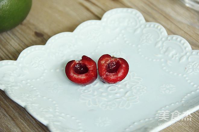 樱桃青柠冰果汁的步骤