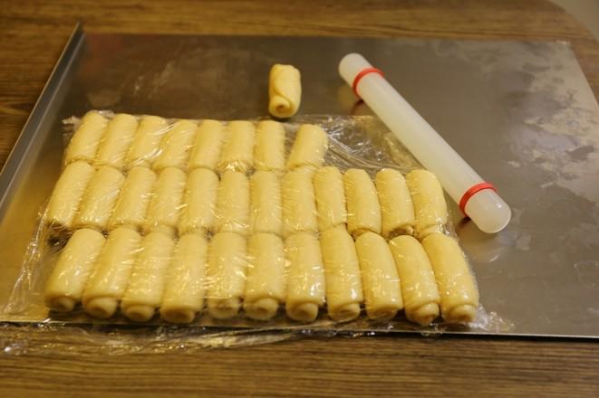 超详细的蛋黄酥制作方子的做法图解