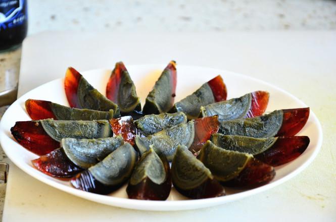 鲜香开胃,简单快手菜姜汁皮蛋的家常做法
