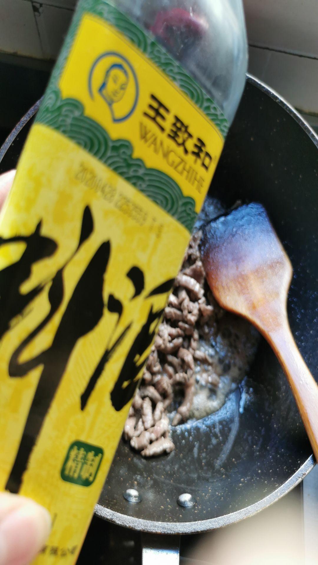 香菜炒牛肉的简单做法