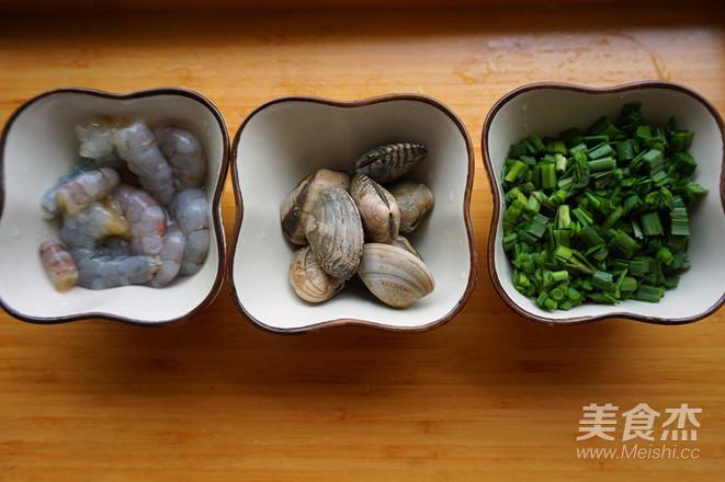 韭菜海鲜煎蛋的家常做法