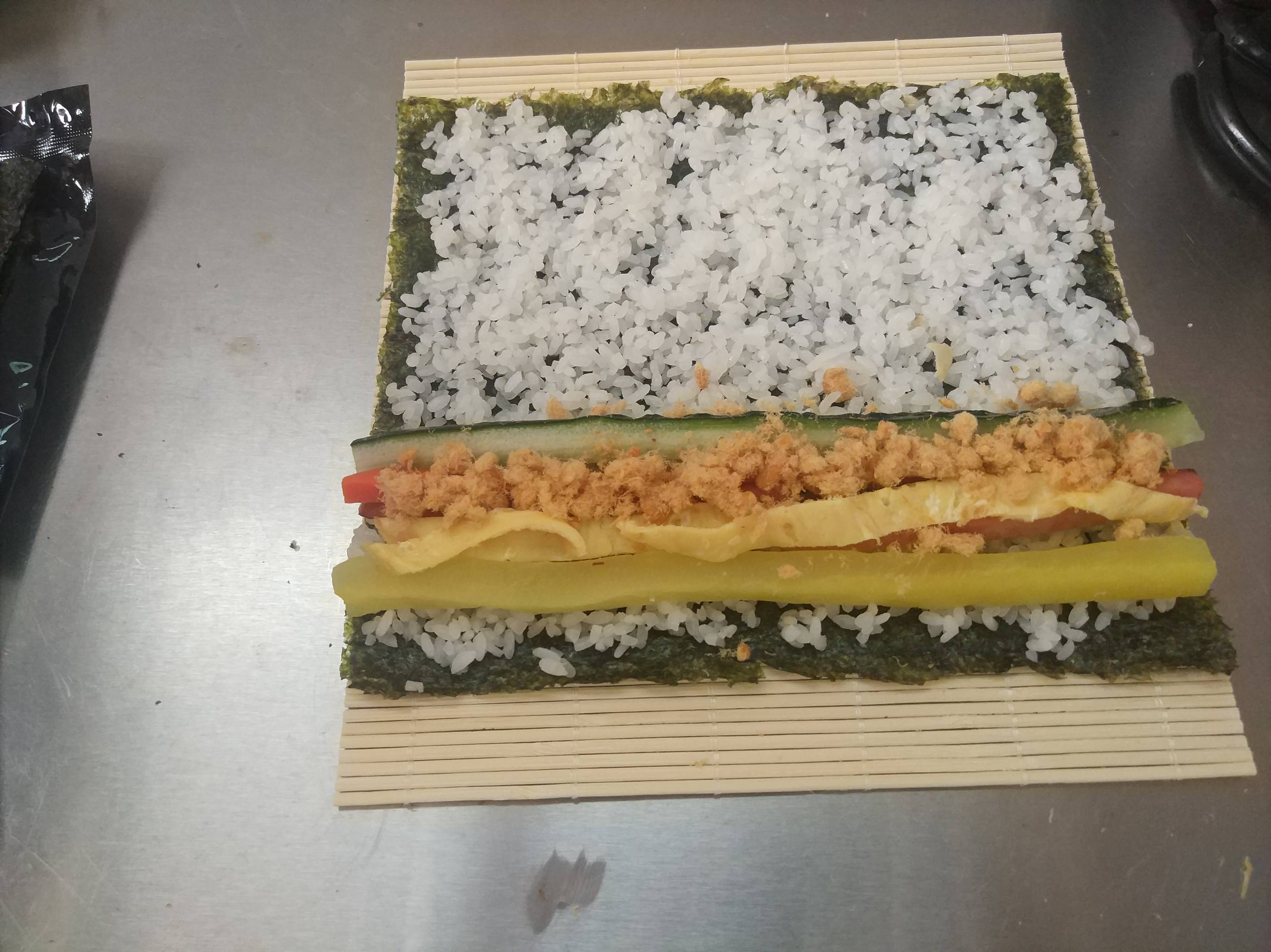 紫菜寿司卷的简单做法