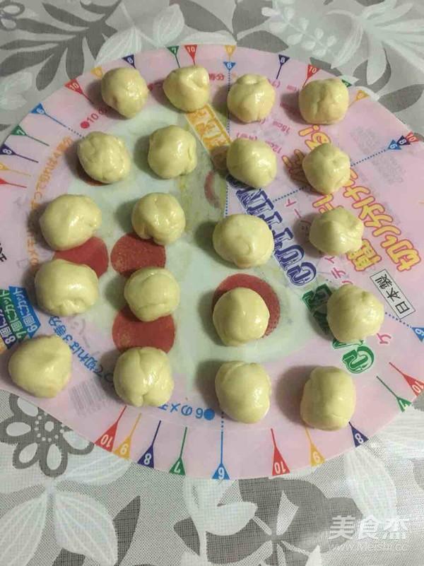 蛋黄酥的简单做法