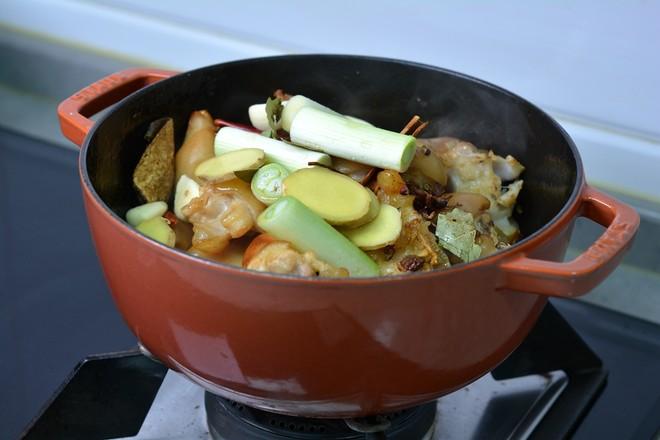 红烧猪蹄和香辣猪蹄怎么炒