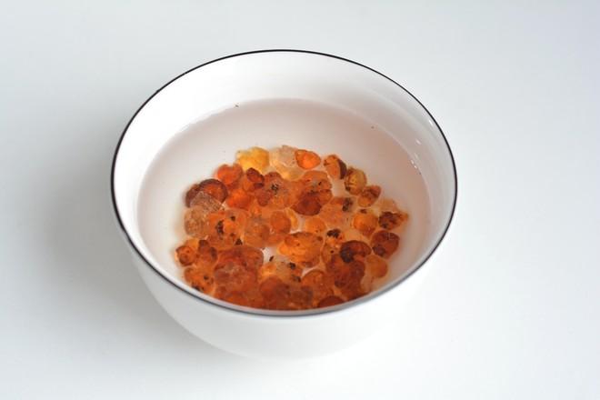 桃胶银耳皂角米羹的做法图解
