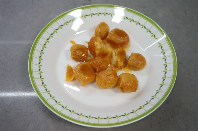 咸蛋黄千层糕的家常做法