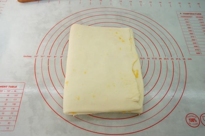 咸蛋黄千层糕怎么煸