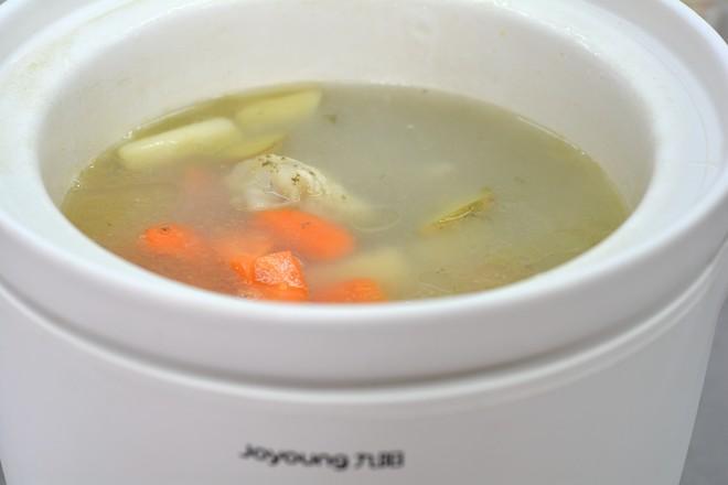 土豆胡萝卜肉骨汤怎么炒