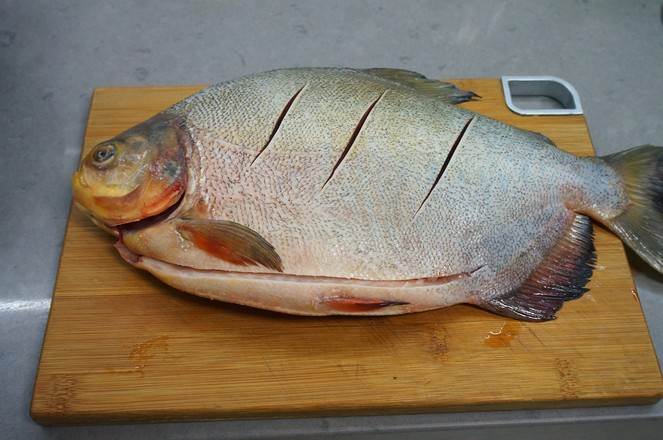 红烧鲳鱼的做法大全
